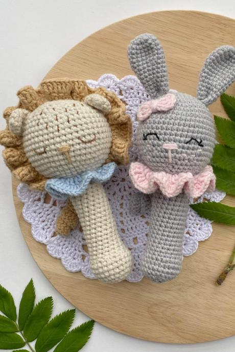 Lion rattle Bunny Rattle Baby bunny gift ideas New baby and mom gift basket Expecting mom gift Baby shower gift idea First birthday gift